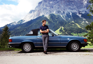 Cosmopola - Driving in a lovely Mercedes Benz in idyllic Austrian Alps for